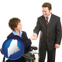 maine map icon and a court reporter shaking hands with an attorney